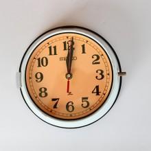 Klassiska gammal Seiko klocka, marin inredning billig - lysande väggklocka