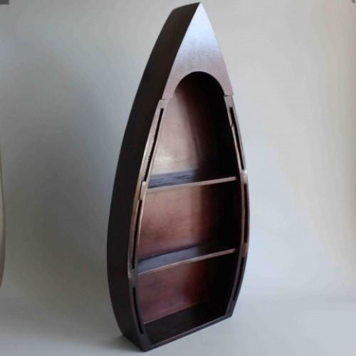 Modellbåtar i trä - marin inredning