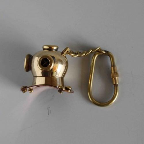 Nyckelring i mässing - Dykning Hjälm
